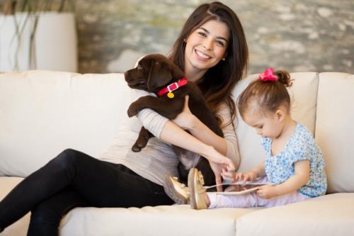 Phụ nữ yêu thương trẻ em và vật nuôi thường là những người nhân hậu