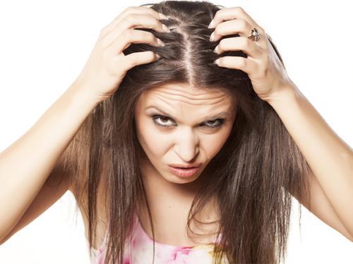 Hội chứng nghiện nhổ tóc dễ dẫn đến hói đầu