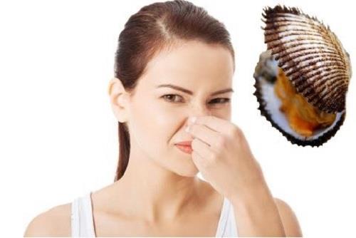 Vệ sinh vung kín đúng cách sẽ giúp ngăn ngưà và cải thiện tình trạng khí hư có mùi hôi